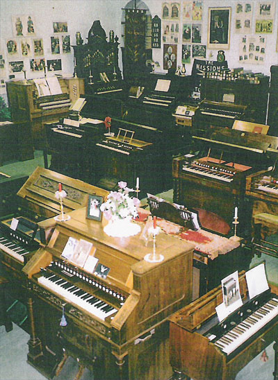 Display of instruments